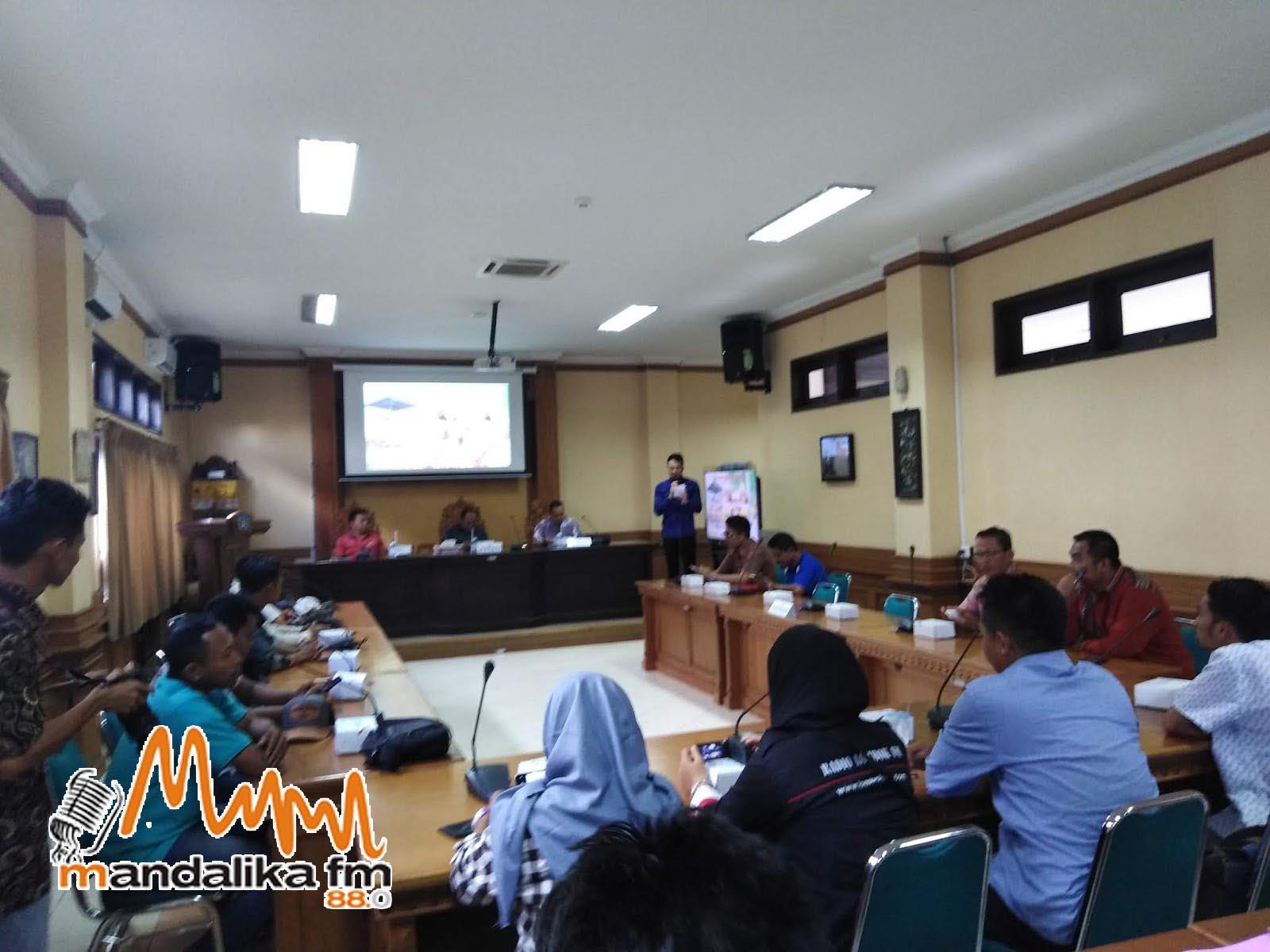 Humas Lombok Tengah Bersama Seluruh Media Di Lombok Tengah Gelar Kunker Ke Bali